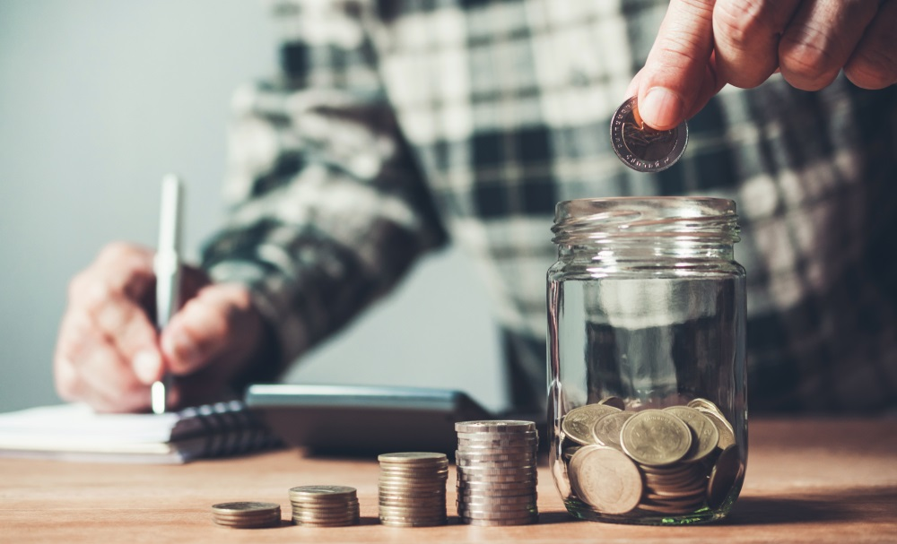 Taxevo's tips on how to save money as a freelancer